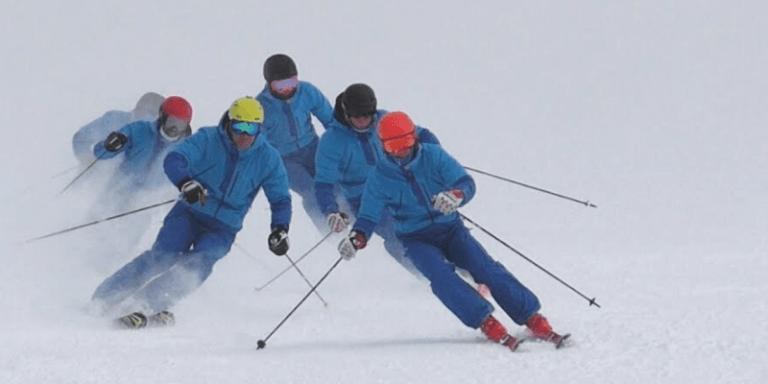 ¿Qué son los esquís de demostración?