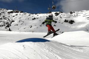 Snow Blades vs. Skis
